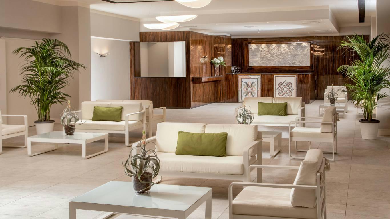 Hotel-Cristoforo-Colombo-Hall-00055