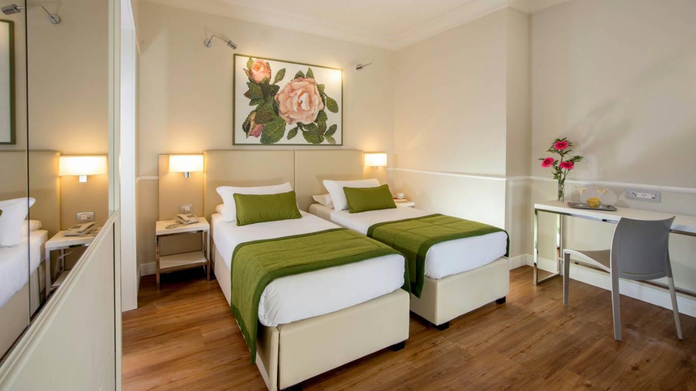 Hotel-Cristoforo-Colombo-Twin-Room