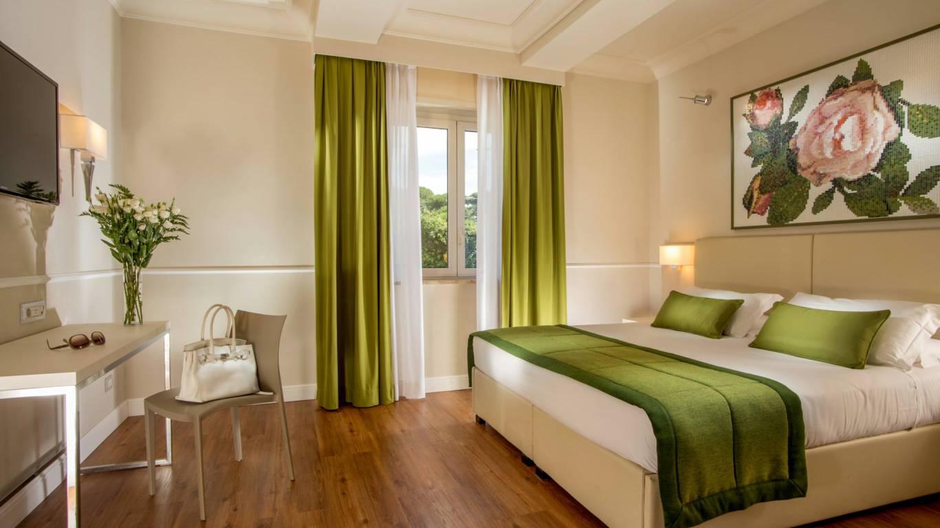 Hotel-Cristoforo-Colombo-Deluxe-Room