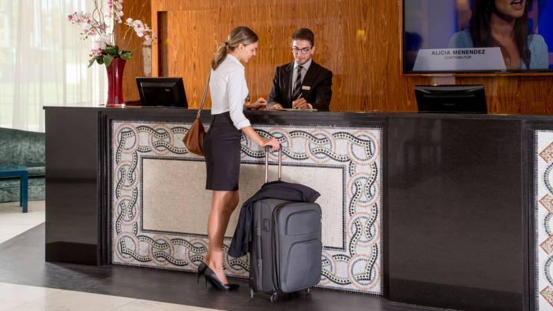 Hotel-Cristoforo-Colombo-Hall-00145
